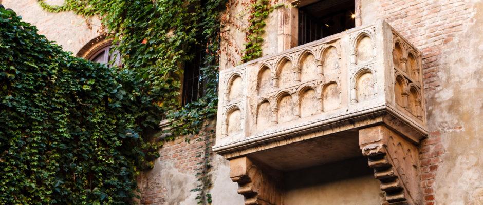 Romeo Juliet Balcony